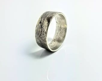 Mens Wedding Band, Rustic Wedding Band, Unique Mens Wedding Band - Get it personalized!