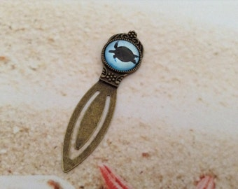 Nautical Turtle Design Under the Sea Glass Dome Cabochon Antique Bronze Bookmark Clip