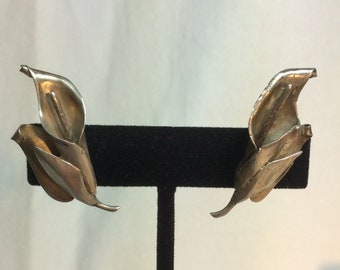 Sterling Calla Lily Earrings. Vintage Earrings