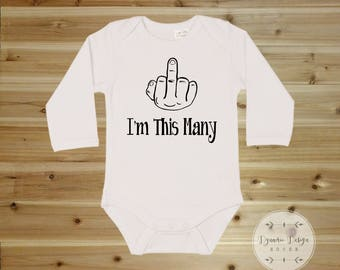 First Birthday Onesie, 1st Birthday Onesie, Funny Onesies, Im This Many, Hipster Baby Clothes, Funny Baby Onesies, Funny Baby Clothes