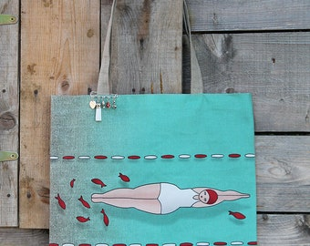 """Tote bag in natural linen illustrated """"Swimmer and goldfish"""""""