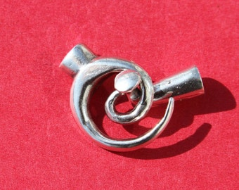 9/4 MADE IN EUROPE toggle clasp, swirl toggle clasp, spiral toggle clasp, large toggle clasp (X5380ABAS) Qty1