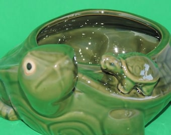 Lucky Bamboo handmade green glazed turtle vase (FREE SHIPPING)