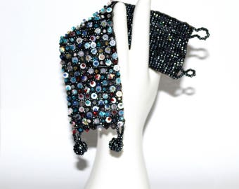 Beaded cuff bracelet. Peyote bracelet. Blue beaded bracelet. Cuff bangle