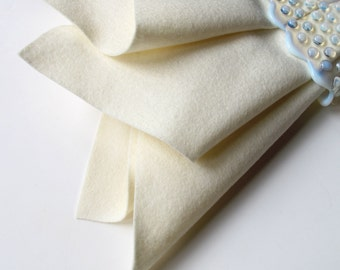 Ecru Felt, Pure Merino Wool, Large Felt Square, Felt Fabric Sheet, Ivory, Off White, Winter White, Cream, Nonwoven Wool, Applique, Quilting