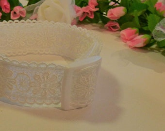 Attractive Ivory Lace Wedding Dog Collar