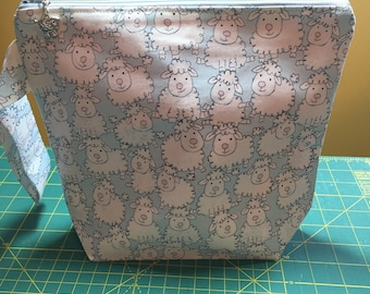 Baby Sheep Wedgebag