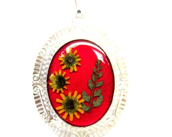 Sunflowers , Pressed Flower Pendant, Real Flowers,  Resin (1093)
