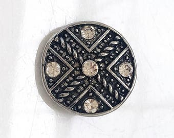 snap jewelry bold antiqued silver metal and colorless rhinestone 18mm snap charm--compatible with Noosa, Ginger Snaps, and Nugz