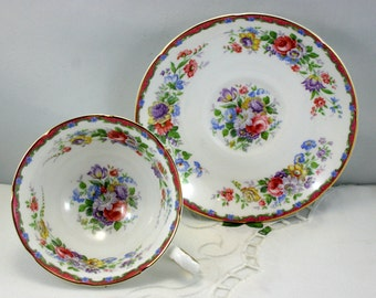 Royal Grafton, Footed Teacup & Saucer, Lovely Floral Pattern, Gold Rims, Bone English China made in 1960s.