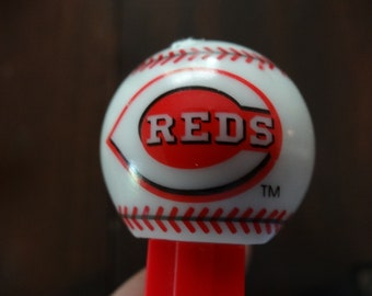 Cincinnati MLB Baseball Reds Toy Pez Dispenser Plastic Collectible