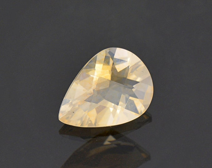 Glittery Checkerboard Cut Opal Gemstone from Mexico 1.66 cts.