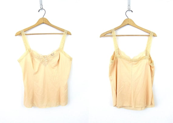Nude Tank Top camisole 1970s Minimal Tank Top Negligee Top Womens Nylon and Lace OLGA Tank Top Off White Beige Pin Up Girl Vintage Large