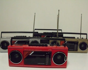 new VINTAGE 80s retro Radio cassette recorder BOOM BOX