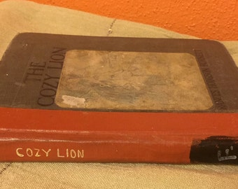 The Cozy Lion hardcover First Edition 1907 children's book