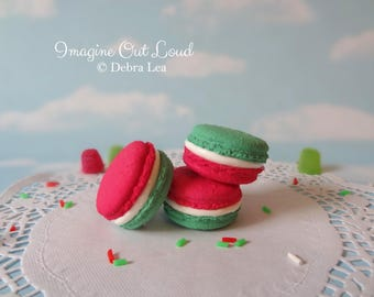 FAUX MACARON Set Christmas Holiday Red Green