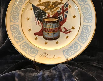 1974 Avon Freedom Plate Collectible Drum Eagle Stars and Stripes