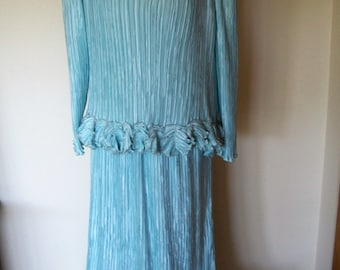 Gorgeous Vintage 1980's Pierre Labiche Paris/NY Soft Silvery Aqua Fortuny Pleated Gown With Ruffles. Mother Of Bride.  Sz 8