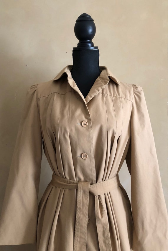 Vintage 70/80's Pleated Swing Style Trench  Coat