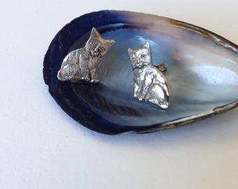 Vintage cat sterling silver stud earrings