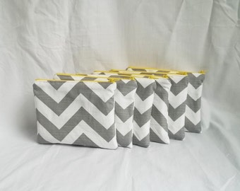 Set of 6 - Makeup bags - Personalized Chevron Pouch - Bridesmaid, Sorority, Bachelorette Party Gifts - Small