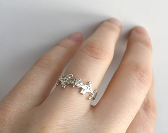 Delicate Cedar Ring - Sterling Silver 925 - Made to Order