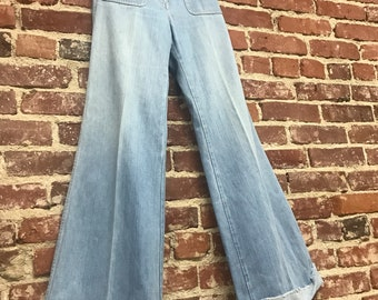 "Vintage 70s high waisted denim jean bell bottom wide leg flares 27"" waist"