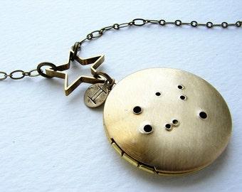 Personnalisé, bijoux, collier constellation du zodiaque, zodiaque personnalisé, médaillon de constellation des Gémeaux, mai collier de juin anniversaire du zodiaque