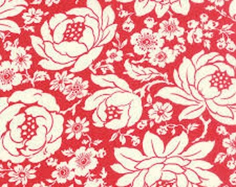 Fabric by Moda: Bonnie and Camille Hello Darling, Red flower