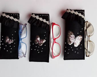 713, glasses case, Pouch Black application felt pink and gold sequins Butterfly glasses beaded hand and ruffle and lace edge