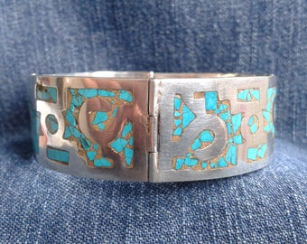 Stunning Sterling Silver Mexican Bangle Inlaid with Turquoise