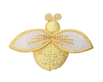 ID 1616F Ladybug Fly Patch Garden Beetle Insect Bug Embroidered Iron On Applique