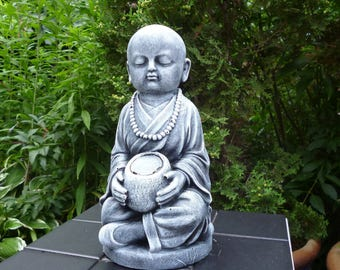 Novelty Buddha monk-sculpture-28 cm stone cast Frost festival garden figure patinated pierre reconstituée concrete garden ornament hormigón Ali Antoni