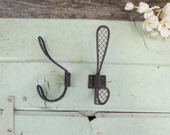 Metal Chicken Wire Mesh WALL HOOK ~ Rustic Industrial Urban Farmhouse Old World Hardware DIY