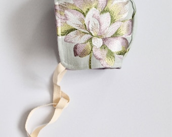 Baby girl bonnet 6-9 Months *one of a kind