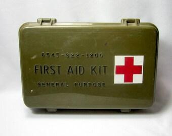 Army Green Plastic First Aid Kit First Aid Box Vintage Box Glove Box Stash Box Camping RV Glamping Supplies
