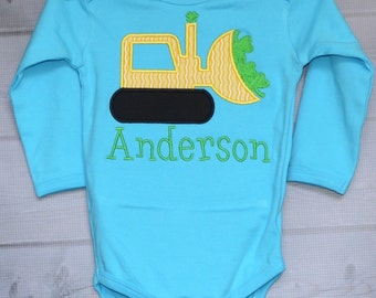Personalized St Patricks Patty Day Tractor with Shamrocks Applique Shirt or Bodysuit Girl or Boy