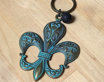 Pewter Fleur De Lis, Patina Keychain, essential oils, key ring, finished back, key chain, keyring, oils keychain, patina flour de lis
