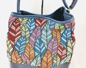 Bucket bag Navy feathers