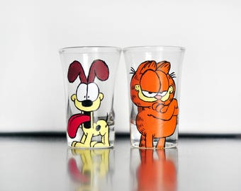 Garfield and Odie Shot Glasses