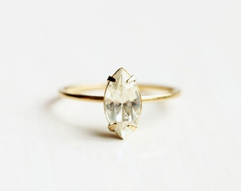 Crystal Ring Marquise, Marquise Shaped Ring, Clear Crystal Ring, Gold Crystal Ring, Delicate Crystal Ring, Crystal Midi Ring, Gold Midi Ring