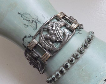 Vintage Christmas holly and berry panel bracelet 1940s jewelry silver tone link bracelet holiday winter