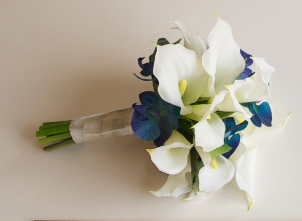Fresh Real Touch Calla Lily and Orchid Bouquet Turquoise Bouquet UZ48