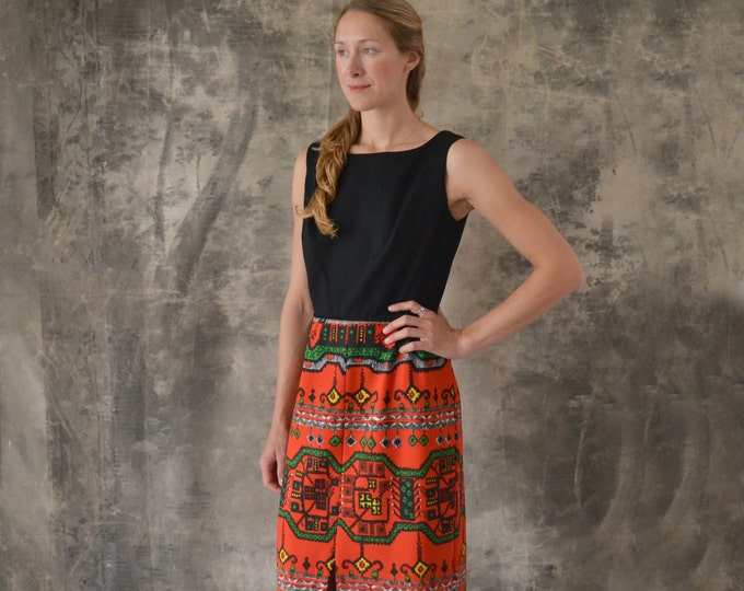 1970s Full Length Red and Black Pattern Dress size M