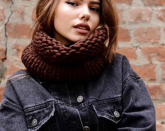 Knit winter scarf Chunky knit scarves Christmas Gift for Women scarf Chunky scarves  Chunky scarf knit Circle scarf Unisex Hooded scarf