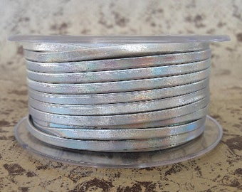 Lined 3 mm silver iridescent high quality European metal flat leather strap