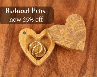 DISCONTINUED - REDUCED PRICE Heart Shaped Box, Lace Print, Engagement, Slender 2-1/4