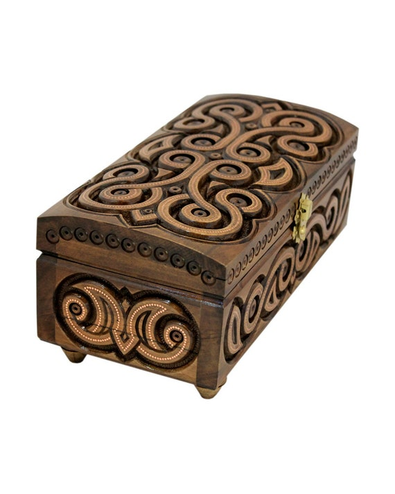 wooden box carved wooden jewelry box handmade small wooden box. Black Bedroom Furniture Sets. Home Design Ideas
