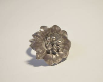 Vintage Handcrafted Sterling Silver 3D Flower Ring Size 7