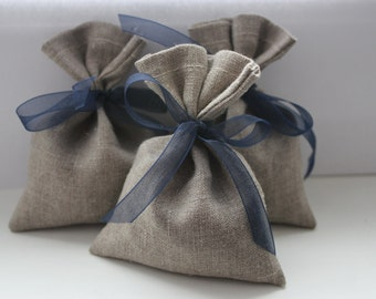 Set of 100 - Christmas Wedding Favor Bags. Grey Linen Favor Bags
